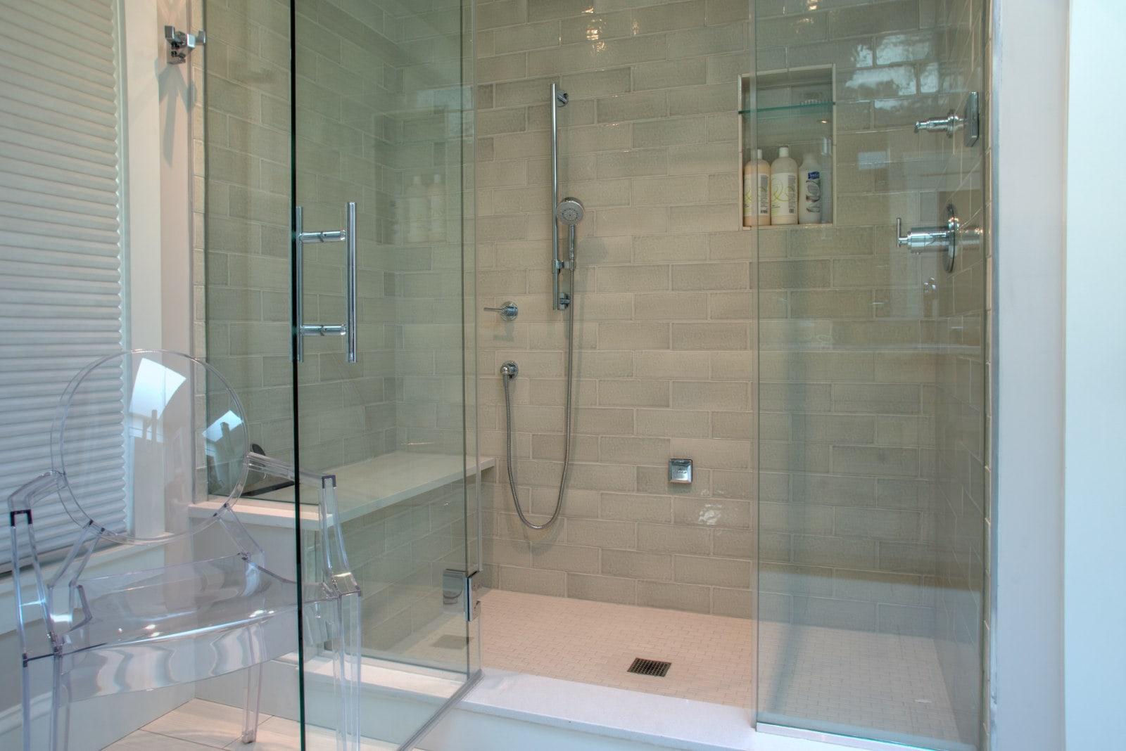 gb-shower-wqx